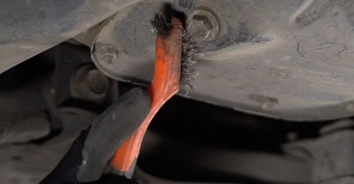 Ölfilter am TOYOTA PRIUS Liftback (NHW20_) 1.5 Hybrid (NHW2_) 2000 wechseln – Laden Sie sich PDF-Handbücher und Videoanleitungen herunter