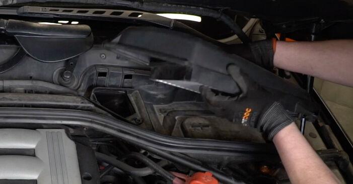 Byt Luftfilter på BMW E60 2001 530d 3.0 på egen hand