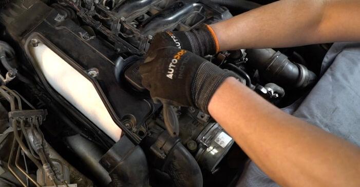 Så byter du Luftfilter på BMW 5 Sedan (E60) 2006: ladda ned PDF-manualer och videoinstruktioner