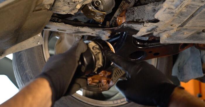 Ölfilter Toyota Auris e15 1.6 (ZRE151_) 2008 wechseln: Kostenlose Reparaturhandbücher