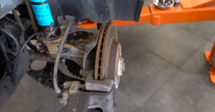 How to remove MINI MINI 1.4 One D 2005 Anti Roll Bar Links - online easy-to-follow instructions
