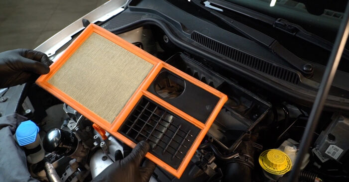 How to replace Air Filter on VW Polo Saloon (602, 604, 612, 614) 2014: download PDF manuals and video instructions