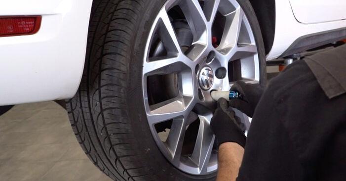 Faites-le vous-même : tutoriel en ligne pour le changement de VW GOLF Biellette De Barre Stabilisatrice