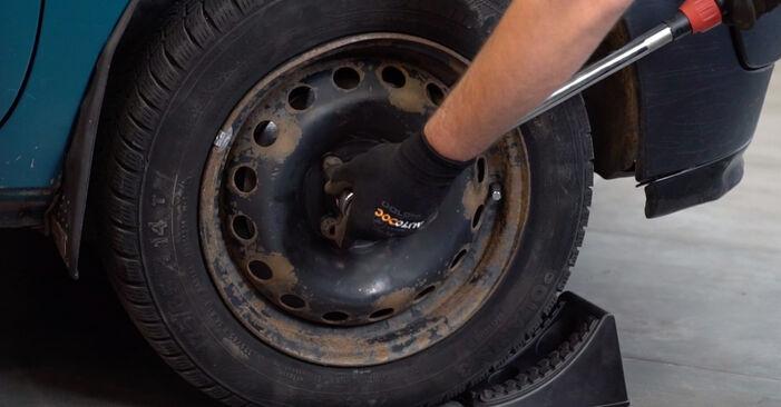 Wie Koppelstange beim Renault Kangoo kc01 1997 gewechselt werden - Unentgeltliche PDF- und Videoanweisungen