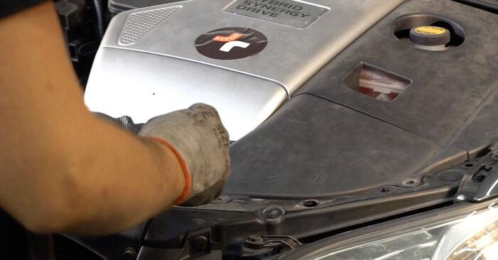 Hur byta Tändstift på Lexus RX XU30 2003 – gratis PDF- och videomanualer
