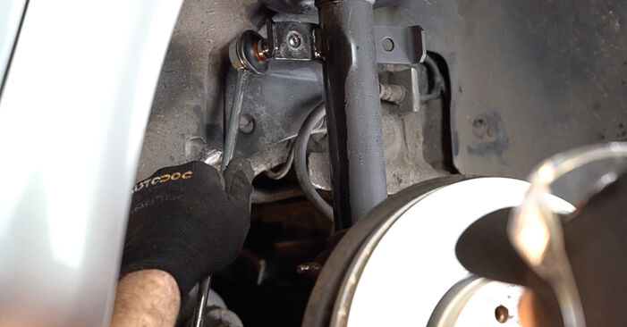 Mennyi ideig tart a csere: Összekötőrúd Renault Scenic 2 2003 - tájékoztató PDF útmutató