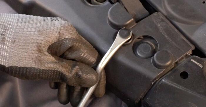 Luftfilter Lexus RX XU30 3.3 400h 2005 wechseln: Kostenlose Reparaturhandbücher