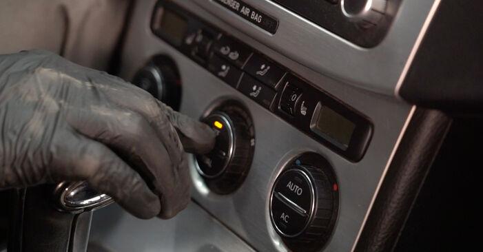 VW PASSAT 2006 Филтър купе стъпка по стъпка наръчник за смяна