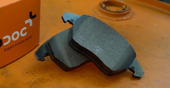 Kako zamenjati VW Passat Variant (3C5) 2.0 TDI 2006 Zavorne Ploščice - priročniki s koraki in video vodniki
