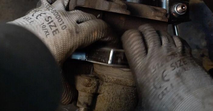 Bremsbeläge Passat 3C 1.9 TDI 2007 wechseln: Kostenlose Reparaturhandbücher