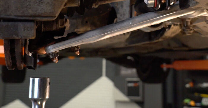 Step-by-step recommendations for DIY replacement Passat 3C 2006 2.0 TDI 4motion Control Arm
