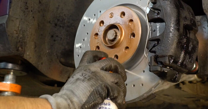 Changing Control Arm on VW Passat Variant (3C5) 2.0 FSI 2008 by yourself