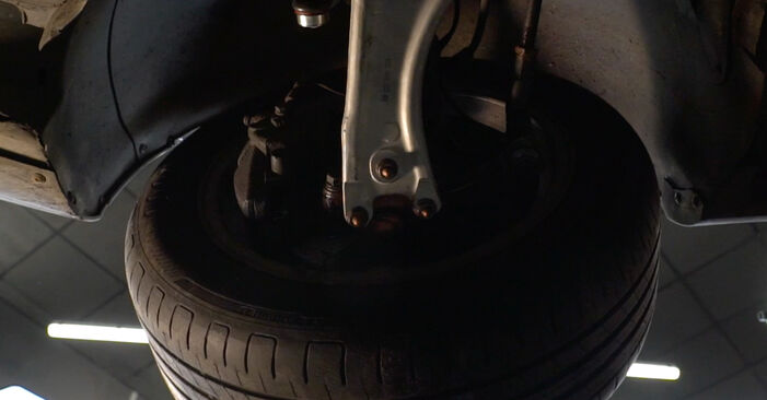 How to remove VW PASSAT 2.0 TDI 4motion 2009 Control Arm - online easy-to-follow instructions