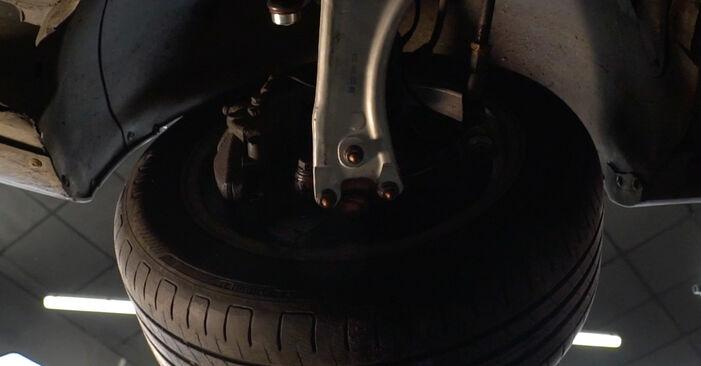 Kuinka poistaa VW PASSAT 2.0 TDI 4motion 2009 -auton Alatukivarsi - helposti seurattavat online-ohjeet