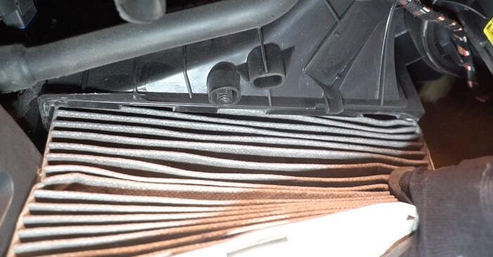 VW GOLF 2.0 TDI 16V 2007 Utastér levegő szűrő eltávolítás - online könnyen követhető utasítások