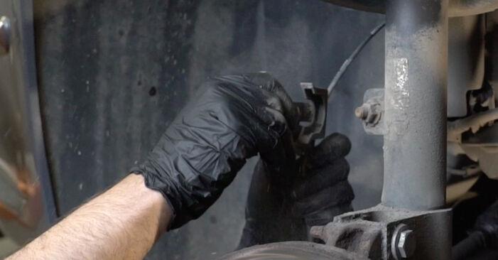 Peugeot 307 SW 1.6 16V 2002 Amortizatorius keitimas: nemokamos remonto instrukcijos