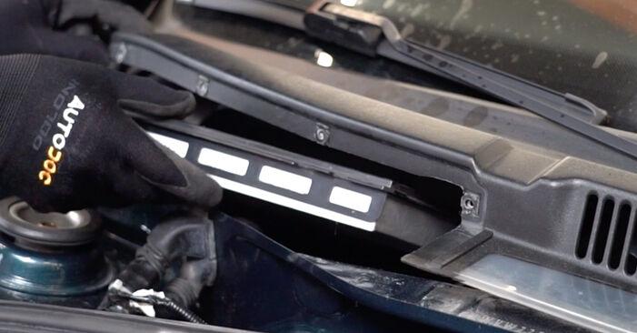 VW GOLF 2004 Филтър купе стъпка по стъпка наръчник за смяна