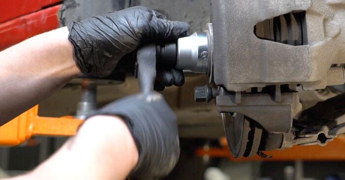 Stoßdämpfer am SEAT Ibiza III Schrägheck (6L) 1.9 TDI Cupra R 2007 wechseln – Laden Sie sich PDF-Handbücher und Videoanleitungen herunter