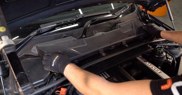 Innenraumfilter Ihres BMW E92 330xd 3.0 2004 selbst Wechsel - Gratis Tutorial