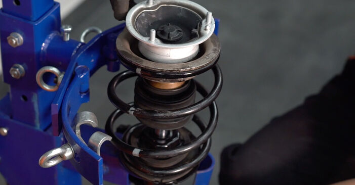 Stoßdämpfer beim BMW 3 SERIES 330Cd 3.0 2005 selber erneuern - DIY-Manual