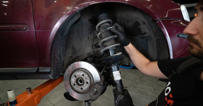 Wie schwer ist es, selbst zu reparieren: Stoßdämpfer Audi A3 8l1 1.9 TDI 2002 Tausch - Downloaden Sie sich illustrierte Anleitungen