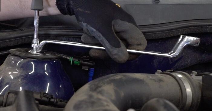 Trin-for-trin anbefalinger for gør-det-selv udskiftning på Opel Astra g f48 1999 1.7 DTI 16V (F08, F48) Støddæmper