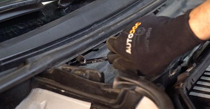 3 Touring (E46) 330d 3.0 2001 320i 2.2 Innenraumfilter - Handbuch zum Wechsel und der Reparatur eigenständig