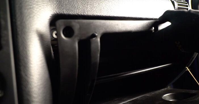 Wechseln Innenraumfilter am OPEL Astra G CC (T98) 2.0 DTI 16V (F08, F48) 2001 selber