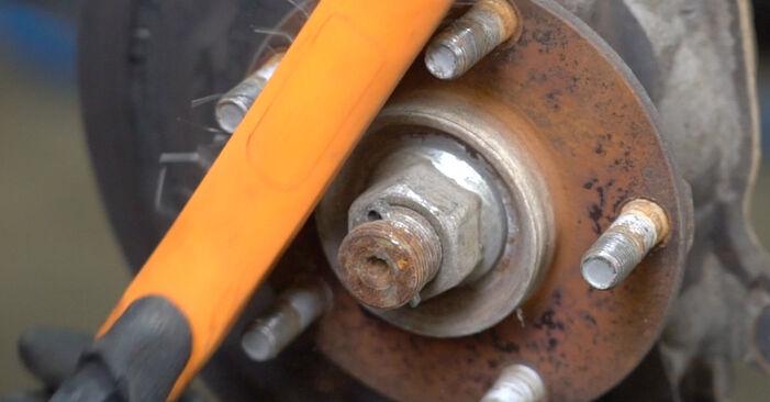 Zweckdienliche Tipps zum Austausch von Bremsscheiben beim NISSAN Qashqai / Qashqai +2 I (J10, NJ10) 1.6 2012