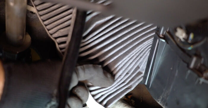 Kuidas eemaldada VOLVO V50 1.8 FlexFuel 2007 Salongifilter - hõlpsasti järgitavad juhised online