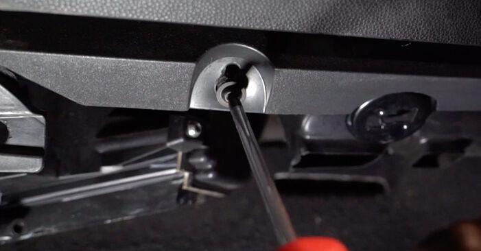 Zafira b a05 1.8 (M75) 2007 Filtro Antipolline sostituzione: manuali dell'autofficina