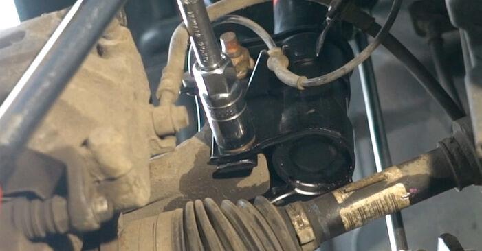 Austauschen Anleitung Stoßdämpfer am Nissan Qashqai j10 2008 1.5 dCi selbst