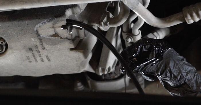 AUDI A4 2006 Oliefilter stapsgewijze handleiding voor vervanging
