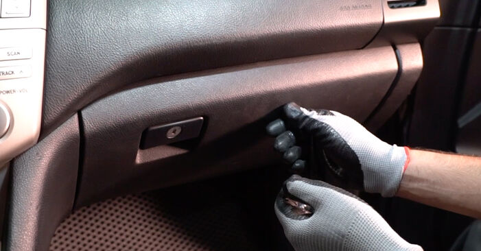 Replacing Pollen Filter on Lexus RX XU30 2007 3.3 400h AWD by yourself