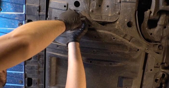 Wechseln Ölfilter am HONDA INSIGHT (ZE_) 1.3 Hybrid (ZE28, ZE2) 2012 selber