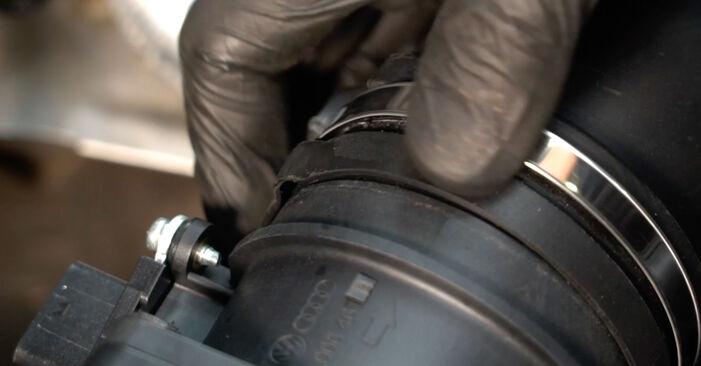 Så tar du bort AUDI A4 S4 3.0 quattro 2011 Luftfilter – instruktioner som är enkla att följa online
