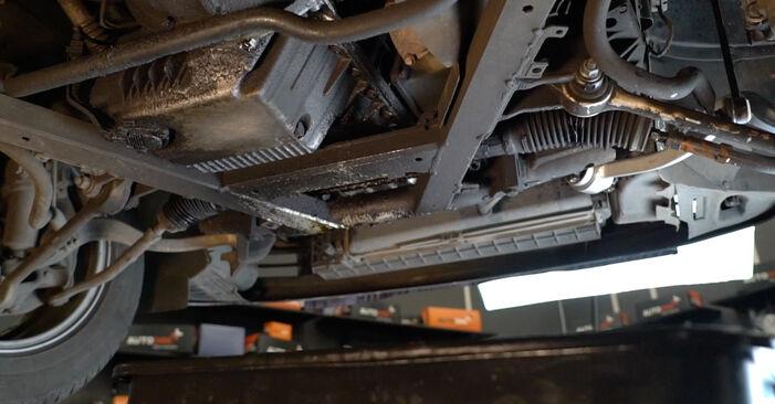 Wie man BMW 5 SERIES 525tds 2.5 1994 Ölfilter wechselt - Einfach nachzuvollziehende Tutorials online