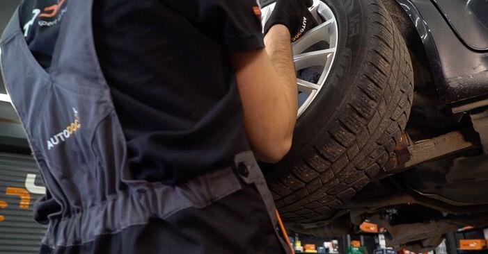 Schritt-für-Schritt-Anleitung zum selbstständigen Wechsel von Alfa Romeo 159 Sportwagon 2010 2.4 JTDM (939.BXM1B) Koppelstange