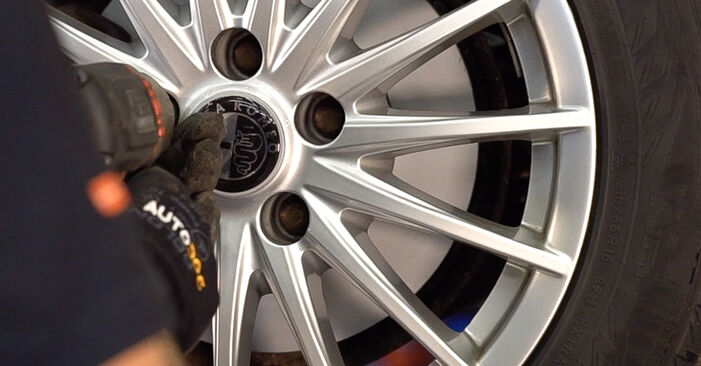 Zweckdienliche Tipps zum Austausch von Koppelstange beim ALFA ROMEO 159 Sportwagon (939) 2.0 JTDM 2011