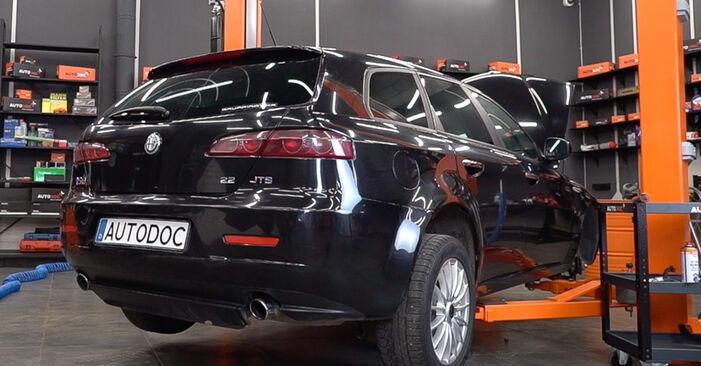 Koppelstange Alfa Romeo 159 Sportwagon 2.0 JTDM 2007 wechseln: Kostenlose Reparaturhandbücher