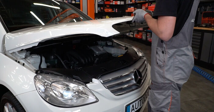 How to change Pollen Filter on Mercedes W245 2004 - free PDF and video manuals