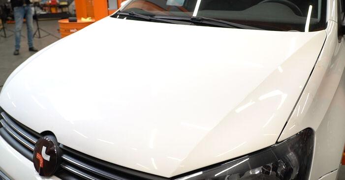 VW Polo 5 Berline 1.4 2011 Bougies d'Allumage remplacement : manuels d'atelier gratuits