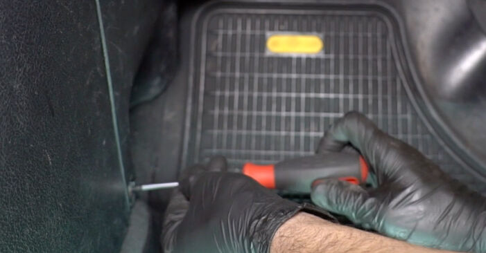 How to remove OPEL ZAFIRA 2.2 16V (F75) 2003 Pollen Filter - online easy-to-follow instructions