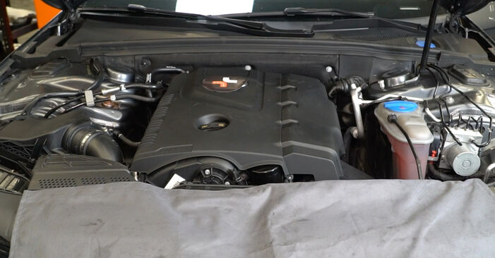 How to change Oil Filter on AUDI A4 Saloon (8K2, B8) 2010 - tips and tricks