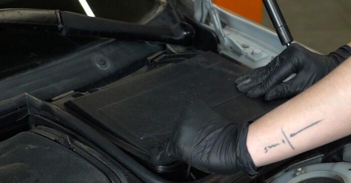 Schritt-für-Schritt-Anleitung zum selbstständigen Wechsel von BMW E39 1999 525tds 2.5 Innenraumfilter