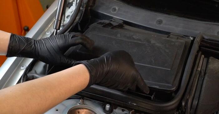 Innenraumfilter BMW E39 528i 2.8 1997 wechseln: Kostenlose Reparaturhandbücher
