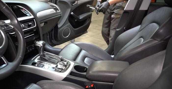 Kako zamenjati Filter notranjega prostora na Audi A4 B8 Sedan 2007 - brezplačni PDF in video priročniki