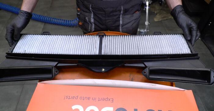 BMW 1 SERIES 2007 Interieurfilter stapsgewijze handleiding voor vervanging
