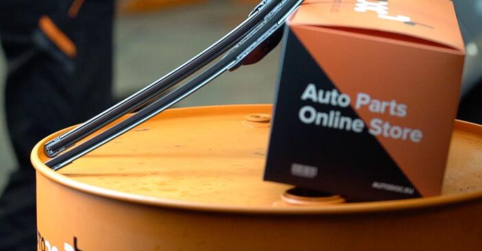 Audi A4 B8 Sedan 1.8 TFSI 2009 Metlica brisalnika stekel zamenjava: brezplačni priročnik delavnice