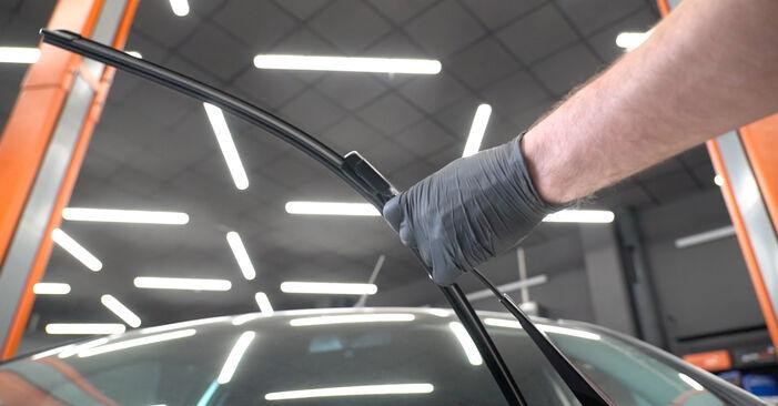 Wie Scheibenwischer FORD Fiesta Mk6 Schrägheck (JA8, JR8) 1.4 TDCi 2009 austauschen - Schrittweise Handbücher und Videoanleitungen